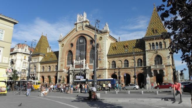 Budapest-Centrale-Markthal.jpg